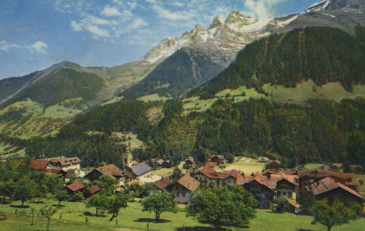 Champéry et les Dents du Midi. © Photo Edition A. Deriaz, Baulmes, carte datée de 1967