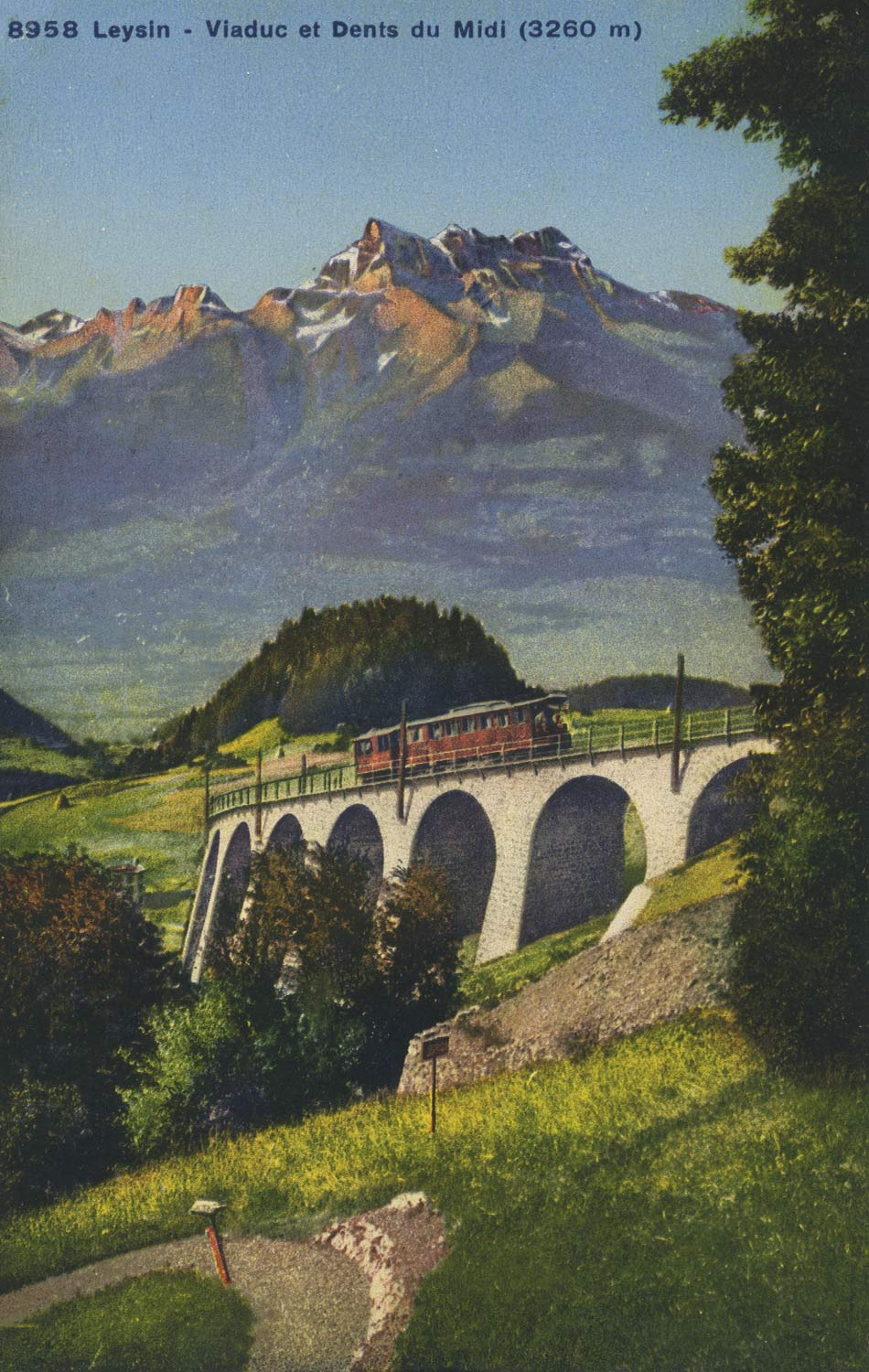 Leysin, Viaduc et Dents du Midi (3260m). © Phototypie Co., Neuchâtel