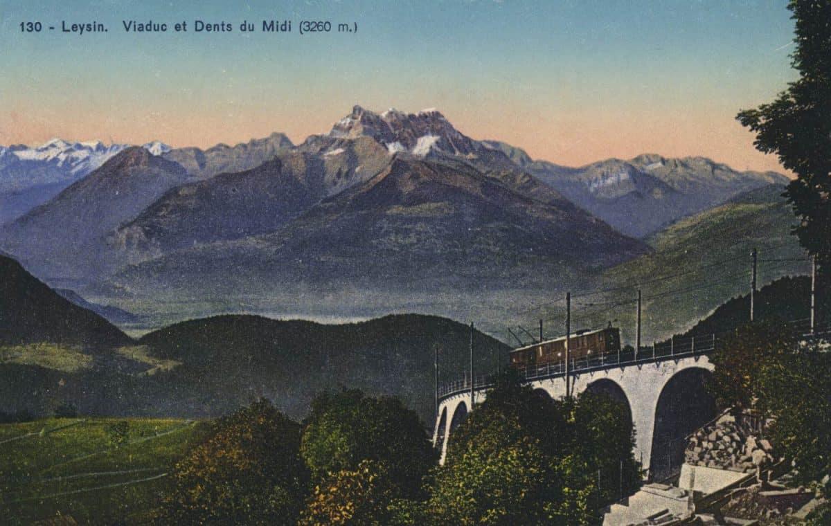 Carte postale. Leysin, viaduc et Dents du Midi (3260m). Train Aigle-Leysin