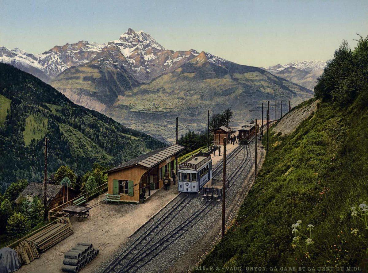 Photochrome. Vaud-Gryon, la gare et la Dent du Midi