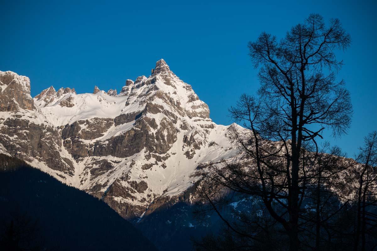 Les Dents du Midi depuis l'alpage de Plex. © Fabrice Ducrest