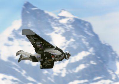 15 mai 2008, première présentation officielle d'Yves «FusionMan» Rossy, premier homme au monde volant sous une aile équipée de quatre moteurs à réaction. Yves Rossy a effectué un vol de près de dix minutes au-dessus du terrain d'aviation de Bex, dans le Chablais vaudois, avec le massif des Dents-du-Midi comme décor. @ ARC Jean-Bernard Sieber