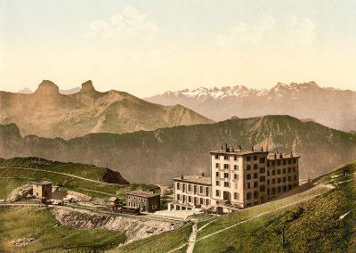 Rochers de Naye, chemin de fer et Grand Hôtel. © Photoglob-Zürich