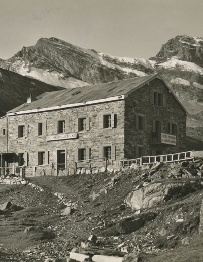Hôtel de la Dent du Midi à Salanfe, juillet 1947