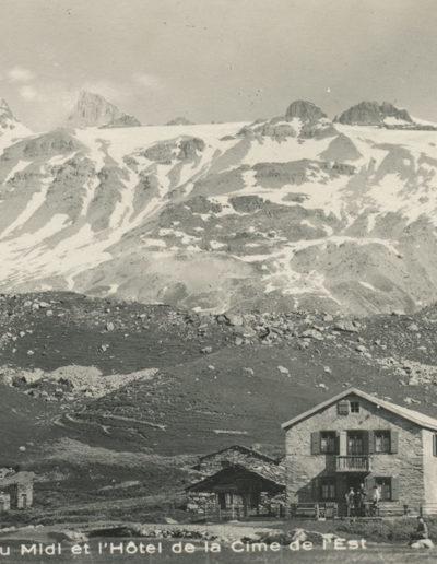 Salanfe, les Dents du Midi et l'Hôtel de la Cime de l'Est, septembre 1928
