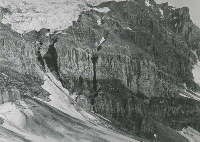 Dents du Midi - Tour Sallière, le glacier Noir. © Fonds Boissonnas, Bibliothèque de Genève