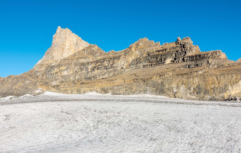 De gauche à droite, la Dent-Jaune et l'Éperon et le glacier de Plan-Névé. © Fabrice Ducrest
