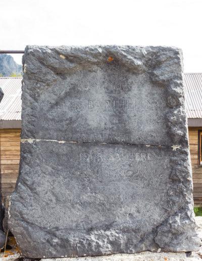 Le monument Barthélemy à Salanfe - Inscription. © Fabrice Ducrest