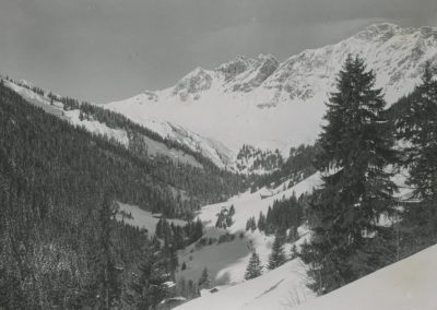 Environs de Champéry - Val des Creuses, vers 1920. © Fonds Boissonnas, Bibliothèque de Genève