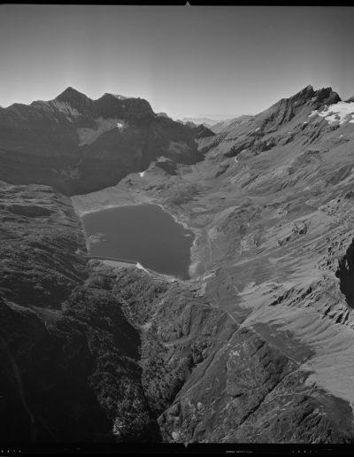 Lac de Salanfe, Col de Salanfe, 3 octobre 1969. Swissair Photo AG, négatif 24 x 24cm. © ETH-Bibliothek