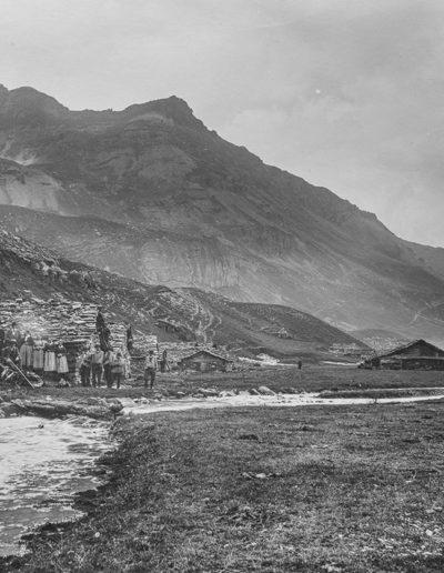 Salanfe, col du Jorat et Salantin, 1899. Archives de la famille de Louguinine, montagnes n°1. Source : Section des Diablerets du Club Alpin Suisse
