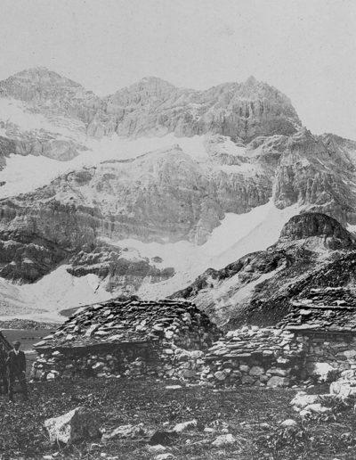 Salanfe et Tour Salière, vers 1900. Photographie Nicole. Source : Section des Diablerets du Club Alpin Suisse